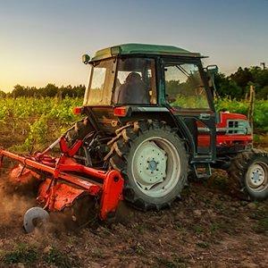 Деревня Farmer Трактор Sim
